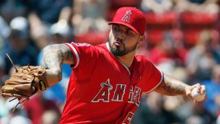 Angels go quietly in series finale at Fenway